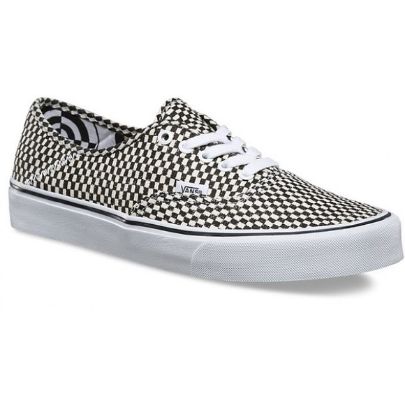 c7fea8b369683e Wade Goodall Checkerboard Authentic VANS